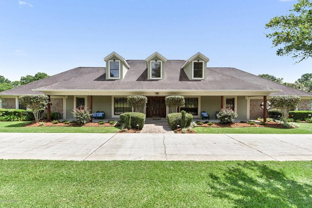 Detached Single Family, Ranch,Traditional - Youngsville, LA (photo 2)