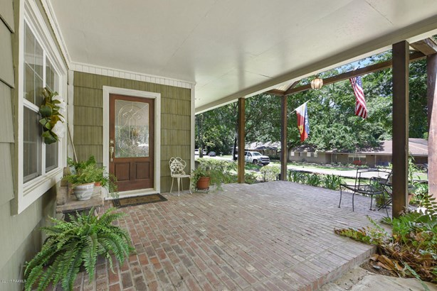 Detached Single Family, Traditional - Lafayette, LA (photo 3)