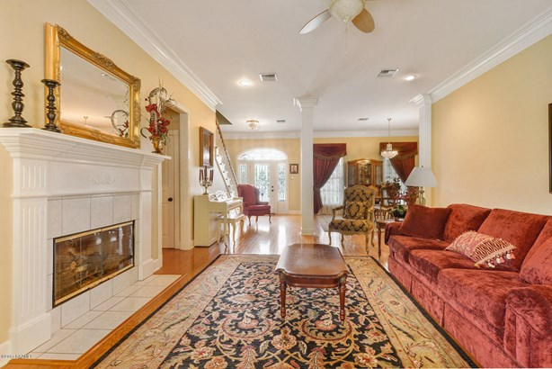 Detached Single Family, Acadian,French,Traditional - Lafayette, LA (photo 4)