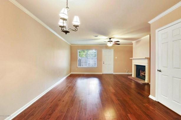 Townhouse, Condominium,Attached Single Family - Lafayette, LA (photo 4)