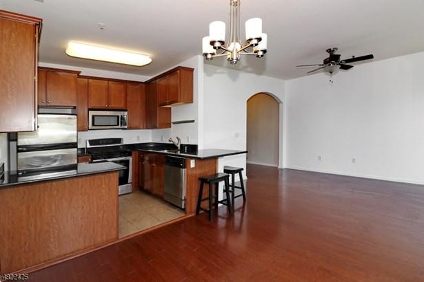 Multi Floor Unit, Townhouse-Interior, Single Family - Belleville Twp., NJ