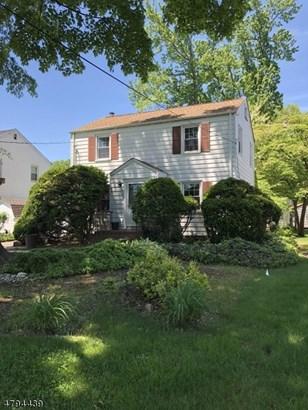 Colonial, Single Family - Clark Twp., NJ (photo 2)