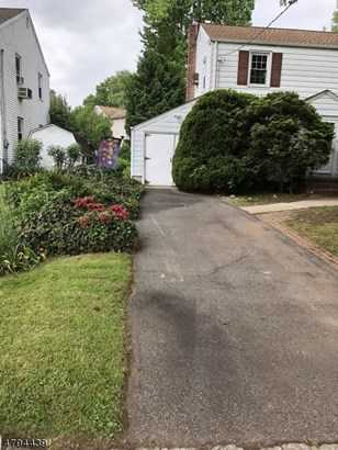 Colonial, Single Family - Clark Twp., NJ (photo 4)