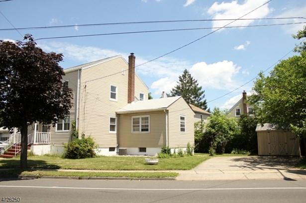 1/2 Duplex, Single Family - Linden City, NJ (photo 3)