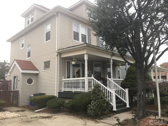 Single Family Residence, Colonial - South Amboy, NJ