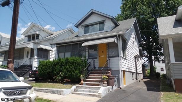 Colonial, Single Family - Union Twp., NJ