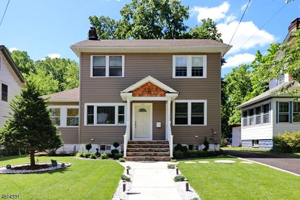Colonial, Single Family - Roselle Boro, NJ