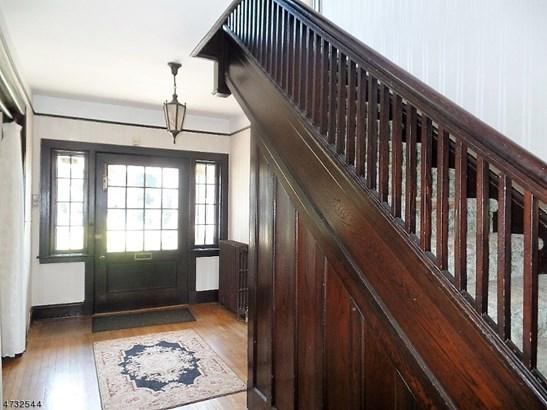 Colonial, Custom Home, Single Family - Rahway City, NJ (photo 5)