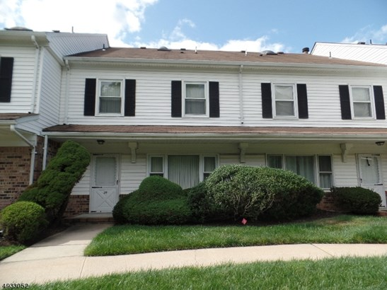 Townhouse-Interior, Multi Floor Unit, Single Family - Scotch Plains Twp., NJ