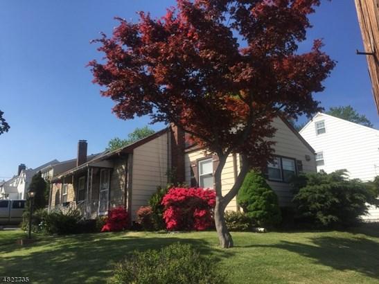 Ranch, Single Family - Elizabeth City, NJ