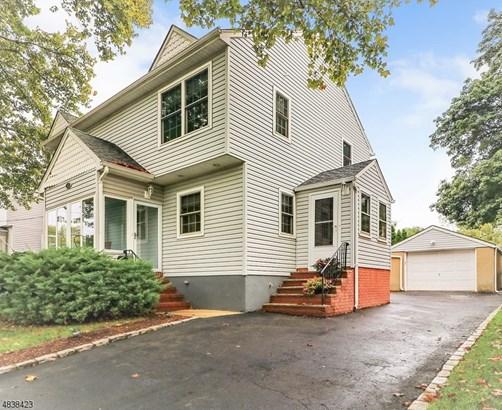 Custom Home, Single Family - Clark Twp., NJ