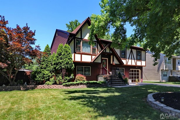 Tudor, Single Family Residence - Edison, NJ