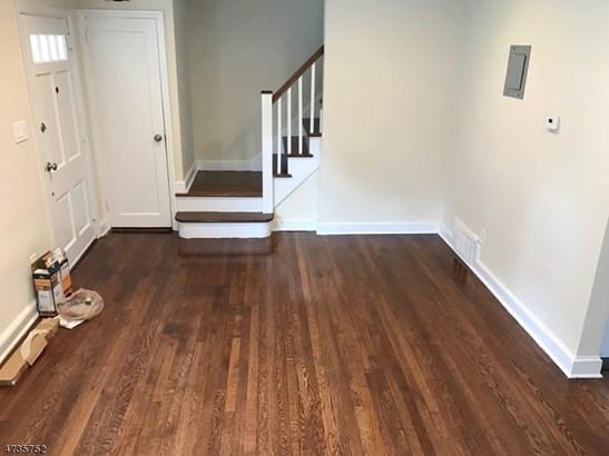 Colonial, Detached, Multi Floor Unit, Single Family - Roselle Boro, NJ (photo 4)