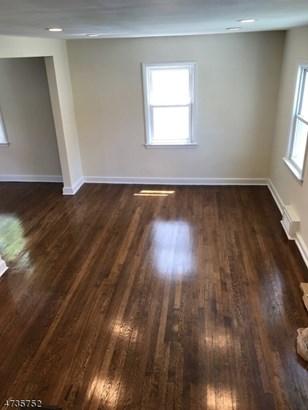 Colonial, Detached, Multi Floor Unit, Single Family - Roselle Boro, NJ (photo 5)