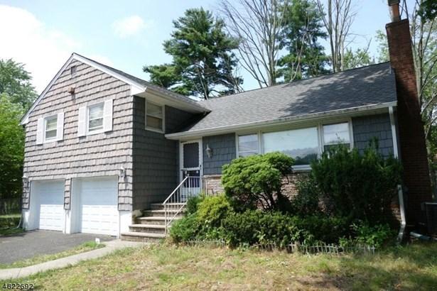 Split Level, Single Family - Cranford Twp., NJ