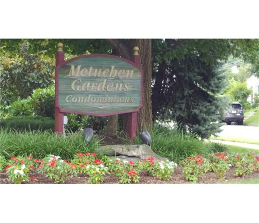 Condo/Townhouse, Traditional - 1209 - Metuchen, NJ (photo 1)