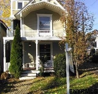 25 Wesley Av, Round Lake, NY - USA (photo 1)