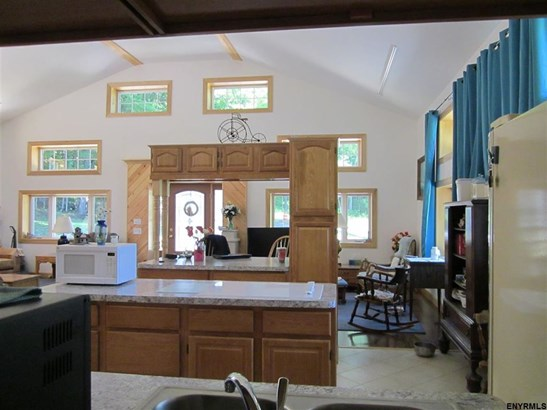 225 Guilder Hollow Rd, Granville, NY - USA (photo 5)