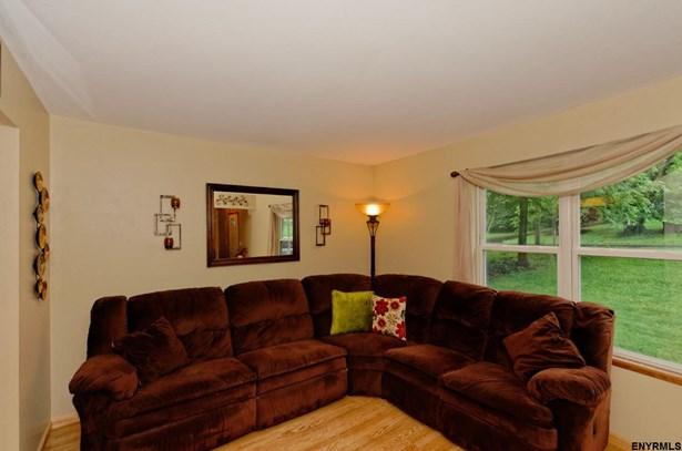 152 Maple Av, Glenville, NY - USA (photo 3)