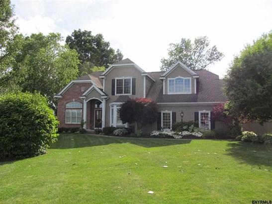 73 Masters Common South, Queensbury, NY - USA (photo 1)