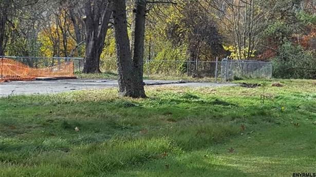 5 Lake Hills Rd, Brunswick, NY - USA (photo 5)