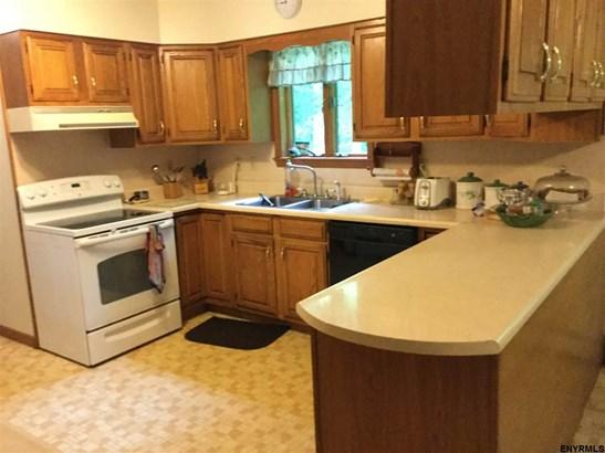 552 Selfridge Rd, Fortsville, NY - USA (photo 1)