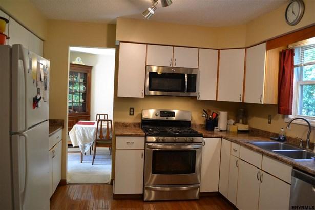 724 Burgoyne Av, Milton, NY - USA (photo 5)