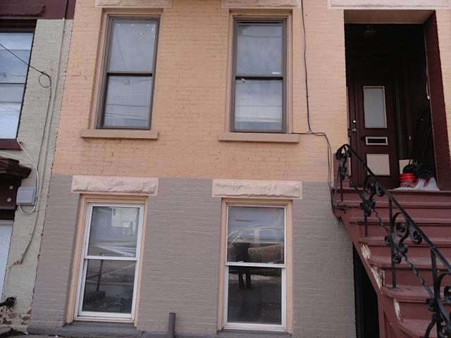 478 Clinton Av, Albany, NY - USA (photo 3)