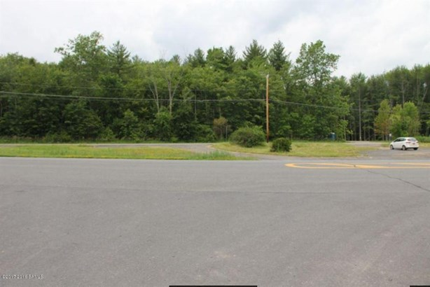 1003 New York State Route 50, Ballston, NY - USA (photo 5)