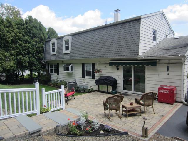 966 Upland Drive, Elmira, NY - USA (photo 2)