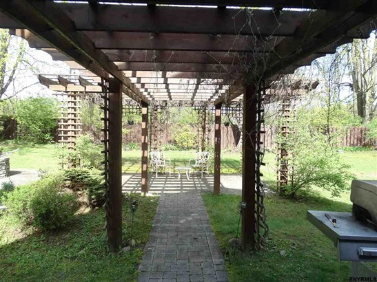 35 Wildwood Pl, Queensbury, NY - USA (photo 4)