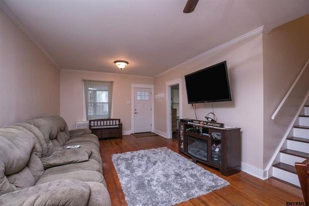 9 Edenburg Av, Albany, NY - USA (photo 2)