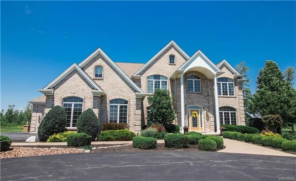 7250 Country View Lane, Clarence, NY - USA (photo 1)