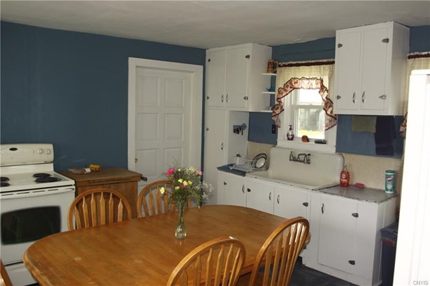 6643 East Road     A Extension, Lowville, NY - USA (photo 2)