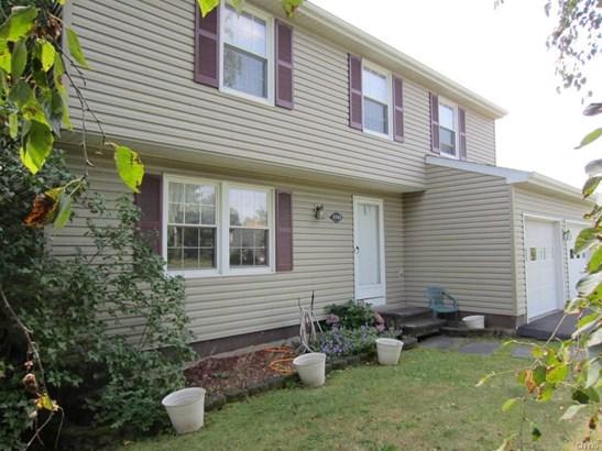 4767 Summerhurst Drive, Clay, NY - USA (photo 1)