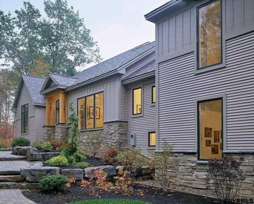 170 Roberts La, Saratoga Springs, NY - USA (photo 1)
