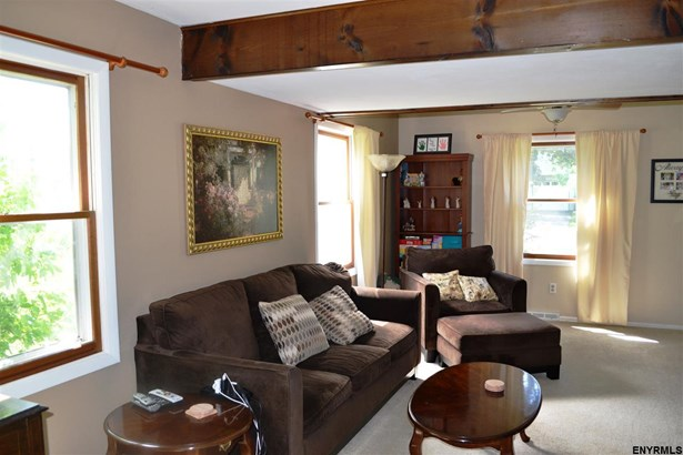 6 Deerfield Dr, Cohoes, NY - USA (photo 1)