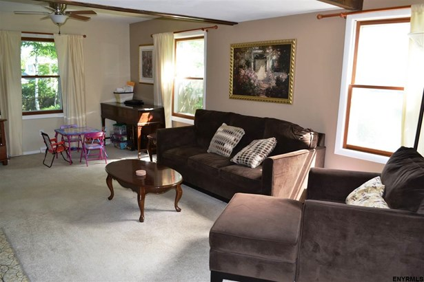 6 Deerfield Dr, Cohoes, NY - USA (photo 2)