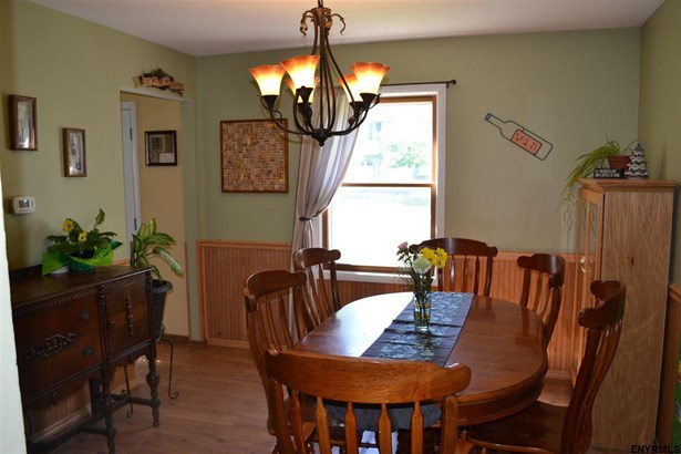 6 Deerfield Dr, Cohoes, NY - USA (photo 4)