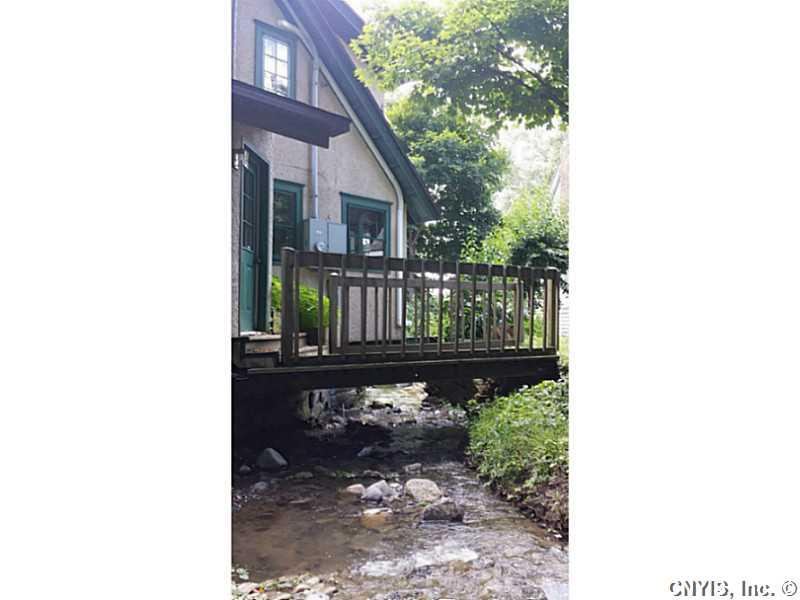 355 Wide Waters Lane, Niles, NY - USA (photo 4)
