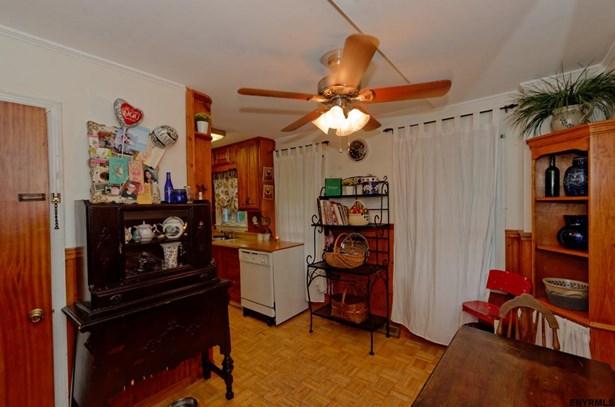 22 Fredericks Rd, Glenville, NY - USA (photo 5)