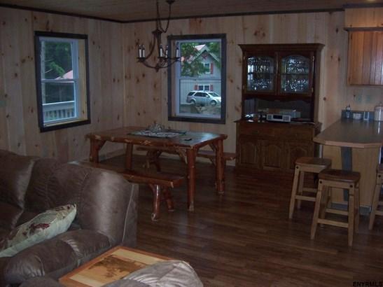 220 Birchwood Pl, Northville, NY - USA (photo 3)