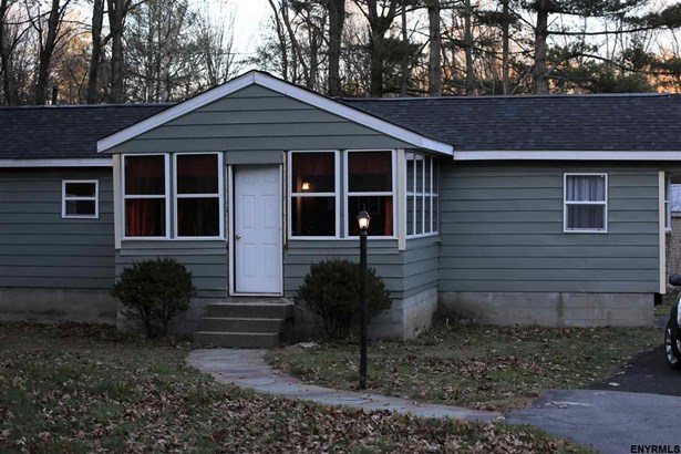 281 Burgoyne Rd, Schuylerville, NY - USA (photo 2)