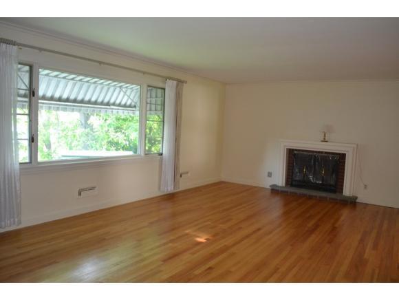 1265 Cornell Ave, Hillcrest, NY - USA (photo 2)
