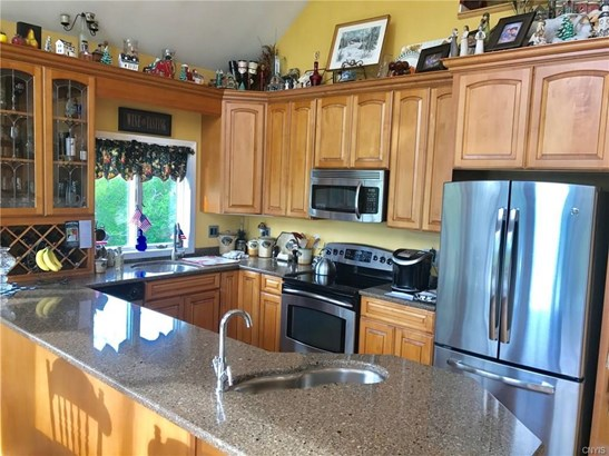 6621 Van Buren Road, Camillus, NY - USA (photo 2)