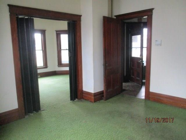 249 Oakwood Ave, Elmira Heights, NY - USA (photo 3)