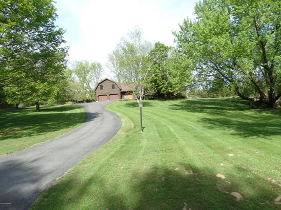 35 Wildwood Place, Queensbury, NY - USA (photo 1)