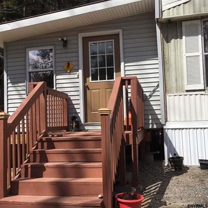25 Pumphouse Rd, Lake Luzerne, NY - USA (photo 2)