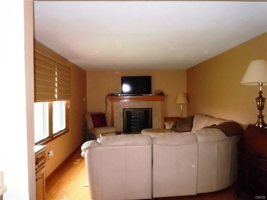 8427 Winterberry, Clay, NY - USA (photo 5)