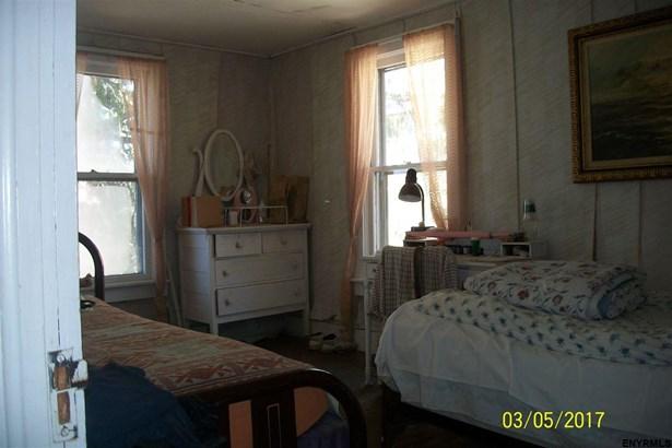 136 South St, Sharon Springs, NY - USA (photo 4)